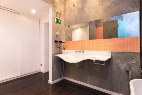 Apartment for sale in Madrid, Spain, 2 bedrooms, 193.00m2, No. 2494 – photo 19