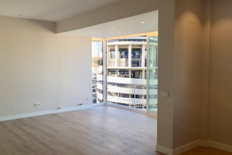 Penthouse for rent in Madrid, Spain, 4 bedrooms, 180.00m2, No. 1776 – photo 4