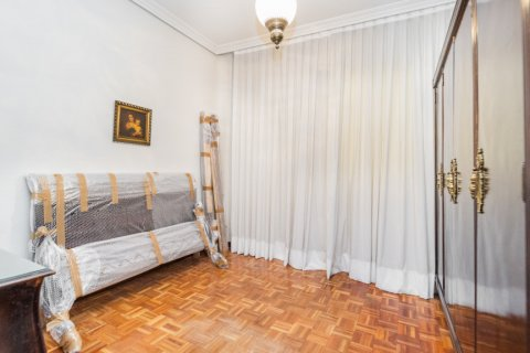 Apartment for sale in Madrid, Spain, 3 bedrooms, 78.00m2, No. 2330 – photo 11