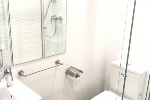 Apartment for rent in Madrid, Spain, 3 bedrooms, 127.00m2, No. 2014 – photo 23