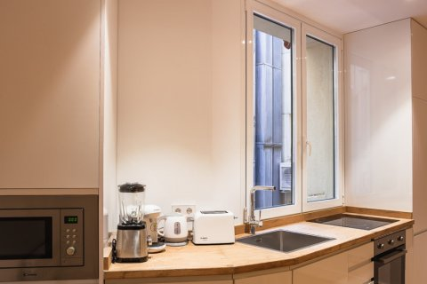 Apartment for sale in Madrid, Spain, 4 bedrooms, 219.00m2, No. 2062 – photo 5
