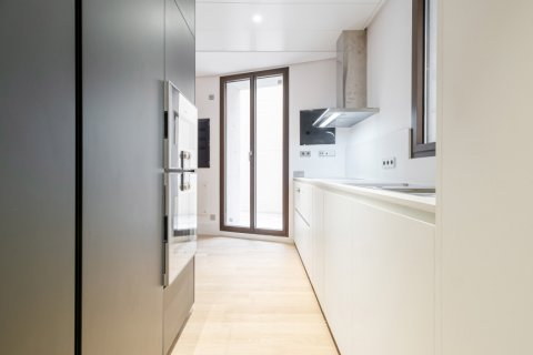 Apartment for sale in Madrid, Spain, 2 bedrooms, 157.00m2, No. 2070 – photo 6