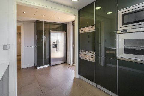 Penthouse for sale in Madrid, Spain, 3 bedrooms, 239.00m2, No. 1699 – photo 10