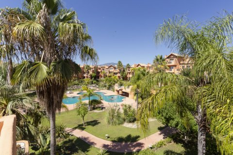 Penthouse for sale in Estepona, Malaga, Spain, 1 bedroom, 73.00m2, No. 2310 – photo 3