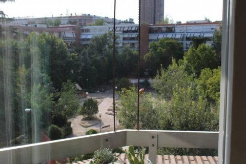 Apartment for rent in Madrid, Spain, 4 bedrooms, 256.00m2, No. 1568 – photo 2