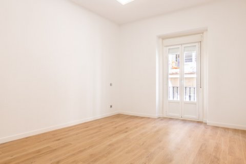 Apartment for sale in Madrid, Spain, 3 bedrooms, 139.00m2, No. 2700 – photo 8