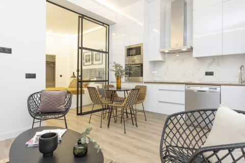Apartment for sale in Madrid, Spain, 1 bedroom, 50.00m2, No. 2723 – photo 10