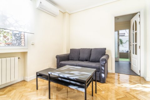 Apartment for sale in Madrid, Spain, 2 bedrooms, 80.00m2, No. 2516 – photo 10