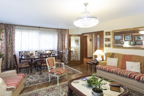 Apartment for sale in Madrid, Spain, 3 bedrooms, 120.00m2, No. 1574 – photo 6