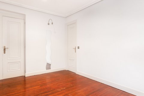 Apartment for sale in Madrid, Spain, 1 bedroom, 51.00m2, No. 1832 – photo 1