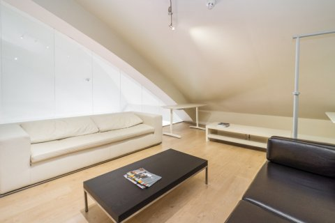Duplex for sale in Madrid, Spain, 3 bedrooms, 150.00m2, No. 2671 – photo 4