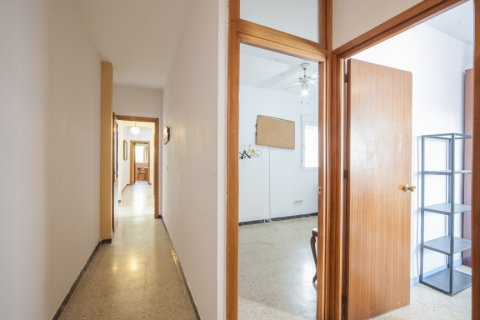 Apartment for sale in Sevilla, Seville, Spain, 5 bedrooms, 123.00m2, No. 2358 – photo 21