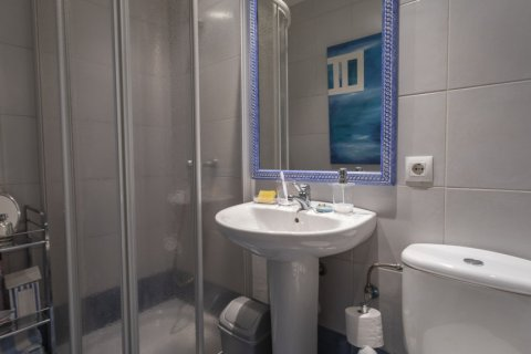 Apartment for sale in Madrid, Spain, 3 bedrooms, 227.00m2, No. 1943 – photo 19
