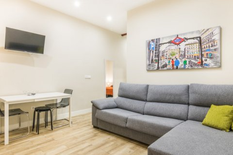 Apartment for sale in Madrid, Spain, 2 bedrooms, 183.00m2, No. 2417 – photo 22