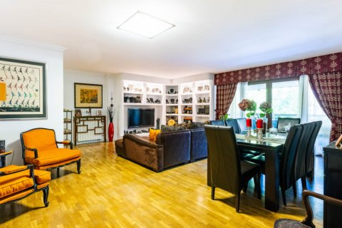 Apartment for sale in Madrid, Spain, 4 bedrooms, 202.00m2, No. 2710 – photo 6
