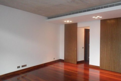 Apartment for rent in Madrid, Spain, 2 bedrooms, 165.00m2, No. 1459 – photo 5