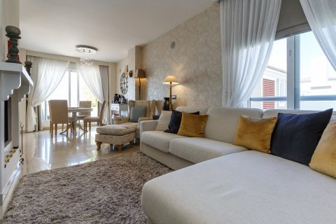 Penthouse for sale in Estepona, Malaga, Spain, 2 bedrooms, 143.00m2, No. 1683 – photo 6