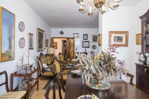Apartment for sale in Madrid, Spain, 6 bedrooms, 291.00m2, No. 2275 – photo 8