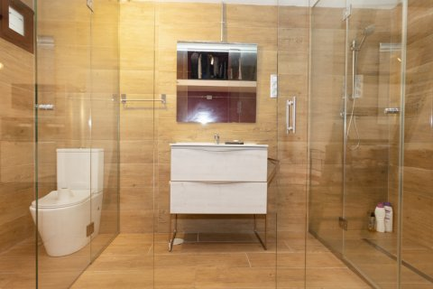 Apartment for sale in Madrid, Spain, 1 bedroom, 73.00m2, No. 2410 – photo 13