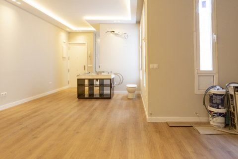 Apartment for sale in Madrid, Spain, 2 bedrooms, 63.00m2, No. 2509 – photo 11