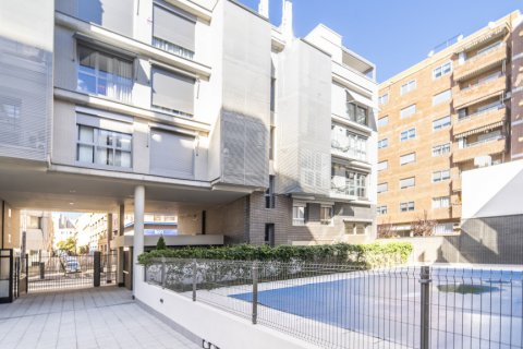Apartment for sale in Madrid, Spain, 3 bedrooms, 177.00m2, No. 2163 – photo 18
