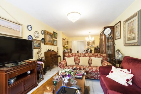 Apartment for sale in Malaga, Spain, 3 bedrooms, 142.00m2, No. 2263 – photo 4