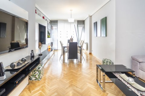 Apartment for sale in Madrid, Spain, 4 bedrooms, 122.51m2, No. 2192 – photo 27