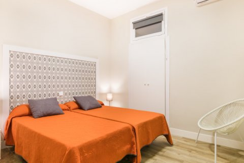 Apartment for sale in Madrid, Spain, 2 bedrooms, 183.00m2, No. 2417 – photo 14