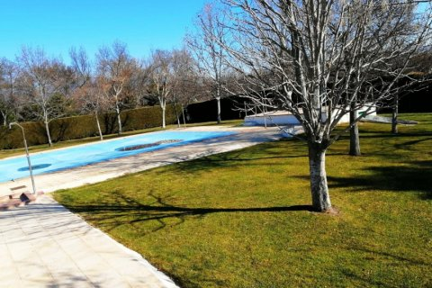 Apartment for sale in Guadarrama, Madrid, Spain, 3 bedrooms, 75.00m2, No. 2434 – photo 5