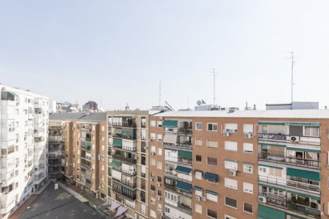 Apartment for sale in Madrid, Spain, 2 bedrooms, 64.00m2, No. 2121 – photo 16