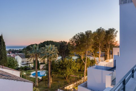 Apartment for rent in Marbella, Malaga, Spain, 2 bedrooms, 117.00m2, No. 2611 – photo 30