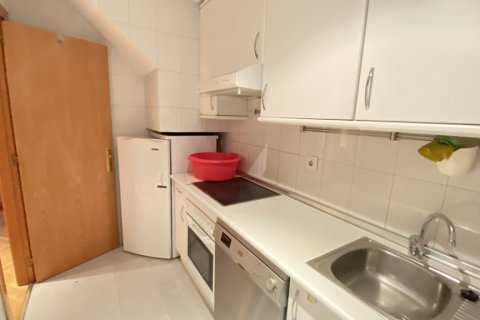 Duplex for rent in Madrid, Spain, 2 bedrooms, 98.00m2, No. 1489 – photo 3