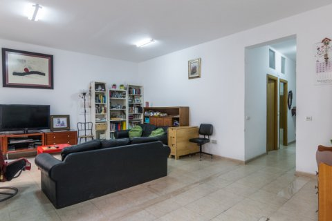 Apartment for sale in Madrid, Spain, 3 bedrooms, 139.00m2, No. 2218 – photo 3