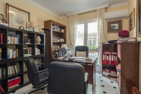 Apartment for sale in Malaga, Spain, 5 bedrooms, 181.00m2, No. 2193 – photo 13