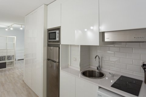 Apartment for sale in Madrid, Spain, 1 bedroom, 47.00m2, No. 2337 – photo 9