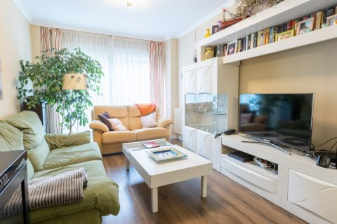 Apartment for sale in Madrid, Spain, 3 bedrooms, 121.00m2, No. 2521 – photo 6