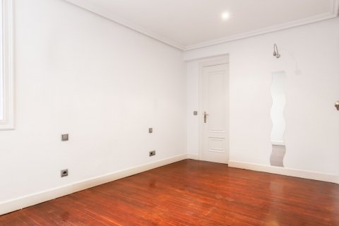 Apartment for sale in Madrid, Spain, 1 bedroom, 51.00m2, No. 1832 – photo 30