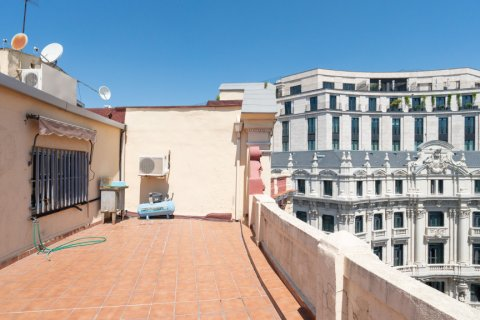 Apartment for sale in Madrid, Spain, 3 bedrooms, 225.78m2, No. 2489 – photo 24