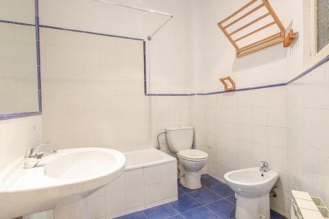 Apartment for sale in Madrid, Spain, 1 bedroom, 83.00m2, No. 2438 – photo 27