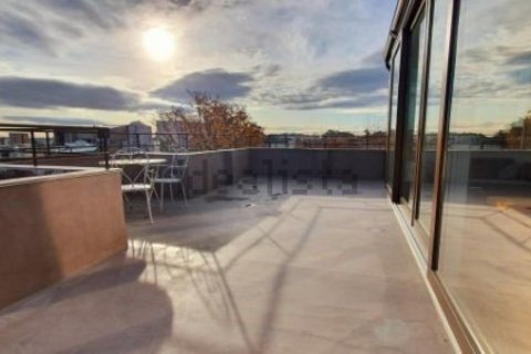 Penthouse for sale in Madrid, Spain, 1 bedroom, 125.00m2, No. 2139 – photo 9
