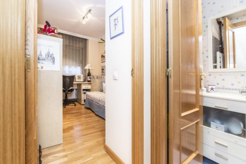Apartment for sale in Madrid, Spain, 2 bedrooms, 83.00m2, No. 2563 – photo 10