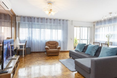 Apartment for sale in Madrid, Spain, 4 bedrooms, 163.00m2, No. 2586 – photo 2