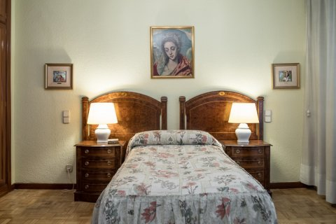 Apartment for sale in Madrid, Spain, 3 bedrooms, 117.80m2, No. 2173 – photo 15