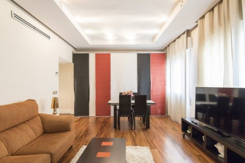 Apartment for sale in Madrid, Spain, 2 bedrooms, 64.00m2, No. 2121 – photo 3