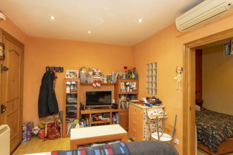 Apartment for sale in Madrid, Spain, 1 bedroom, 38.00m2, No. 2628 – photo 13