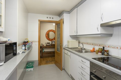 Apartment for sale in Madrid, Spain, 3 bedrooms, 134.00m2, No. 2622 – photo 25