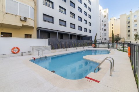 Apartment for sale in Madrid, Spain, 3 bedrooms, 189.00m2, No. 2603 – photo 17