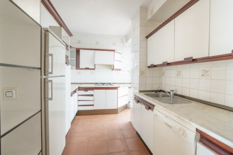 Apartment for sale in Sevilla, Seville, Spain, 5 bedrooms, 204.00m2, No. 2637 – photo 6