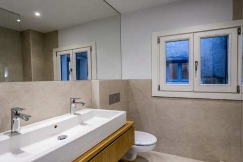 Duplex for sale in Madrid, Spain, 2 bedrooms, 125.00m2, No. 1549 – photo 10