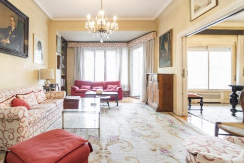 Apartment for sale in Madrid, Spain, 5 bedrooms, 168.00m2, No. 2313 – photo 15